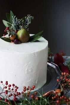 spiced molasses cake with creme fraiche buttercream // ohhoneybakes.com