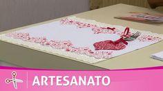 Vida com Arte   Jogo de cozinha com barrado de coração por Deize Costa -...