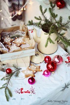 Holiday decor. Image Via: Flickr