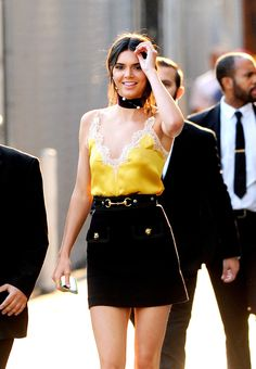 KENDALL JENNER OFFICIAL : Photo
