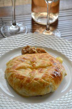 Camembert en Hojaldre relleno de Trufa y Nueces