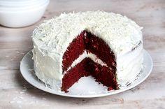 How to make Quick Red Velvet Cake Red Velvet Cake Mix, Red Cake, Sweet Recipes, Cake Recipes, Dessert Recipes, Desserts, Greek Sweets, Strawberry Ice Cream, Yummy Cakes