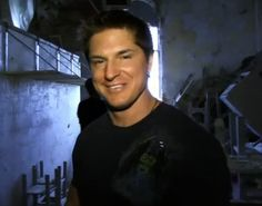 i love me some zak bagans!