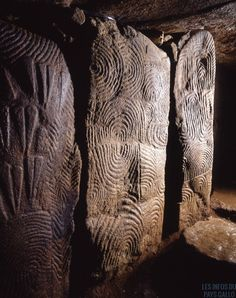 Cairn de Gavrinis, 6000 B.C., Île de Gavrinis, Bretagne, France