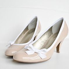 So easy to change the look of your plain shoes!