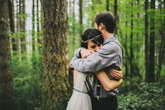 I don't like pinning wedding stuff, but this one is worth pinning :)