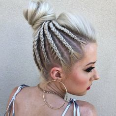 Weekend Hair Goals: Topknots & Buns > Weekend Hair Goals: Topknots & BunsWeekend Hair Goals: Topknots & BunsMessy buns are more than an art form—they're a way of life. Braided Bun Hairstyles, Hairstyles Haircuts, Trendy Hairstyles, Braided Locs, Layered Hairstyle, Long Haircuts, Hairstyles Pictures, Creative Hairstyles, Popular Hairstyles