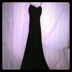 SEXY black gown SIZE 4 Beautiful black gown with zip back closure. Perfect for prom, wedding, cruise or evening out!! Bundles are always welcomed!! Pet free smoke free home!!!! Betsy & Adam Dresses Maxi