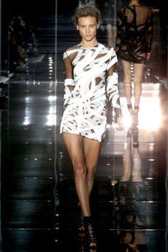 Sfilata Tom Ford Londra - Collezioni Primavera Estate 2014 - Vogue