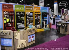 Saunzee Custom Trade Show Booths Rustic Timber Wood Booth Exhibits Free Standing Slides Together Designed for Easy Setup Booth Displays Backers Total Pet Expo Donald E Stephens Convention Center Alcott Show Booth