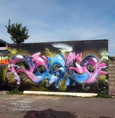 Graffiti Piece, Love Graffiti, Graffiti Tattoo, Graffiti Drawing, Graffiti Murals, Graffiti Lettering, Mural Art, Art Drawings, Graffiti Artists