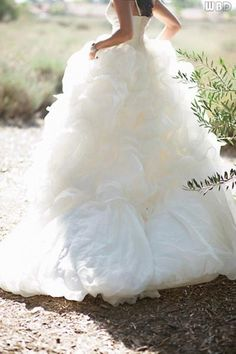 Romantic wedding dress © Tim Fox Photography via French Wedding Style Silver and White Wedding So Pretty! 2015 Wedding Dresses, Cheap Wedding Dress, Wedding Gowns, Wedding Lace, Wedding Attire, April Wedding, Summer Wedding, Wedding Beauty, Dream Wedding