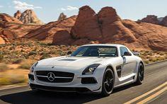 ¡Este monstruo corre a 315 Km! Vea el Mercedes-Benz SLS AMG Black Edition 2014