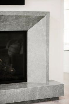 Marble Fireplace Surround, Marble Fireplaces, Fireplace Surrounds, Fire Surround, Home Fireplace, Modern Fireplace, Fireplace Mantels, Interior Architecture, Interior And Exterior