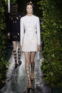 Valentino Haute Couture 2014 / 2015. #wear #dress #valentino