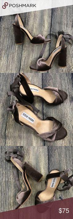Steve Madden Clary V dress sandal size 6M Excellent like new condition. Size 6M Steve Madden Shoes Heels