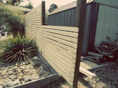 Horizontal Fence DIY