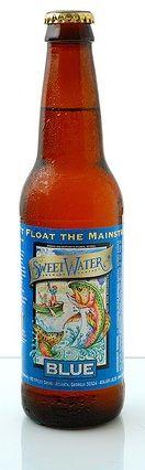 BREAKFAST BIER - Sweet Water Blue - 4.6% - IBU 7.0 - Sempre a boa, a favorita para qualquer festival de cerveja em local aberto. Sweet Water Blue é a única ale levemente encorpada, com uma pitada de amora. Chama atenção pelo seu aroma de amora e finaliza como uma surpreendente bebida que mata a sede. - cor palha dourada, turva, corpo médio, aroma frutado, cheiro de amora, final seco. Degustada com carpaccio de salmão. Excelente! Nota: 4.2