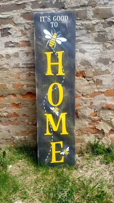 Bee Crafts, Fall Crafts, Front Porch Signs, Porch Welcome Sign, Diy Wood Signs, Paint Party, Craft Sale, Christmas Signs, Painted Signs