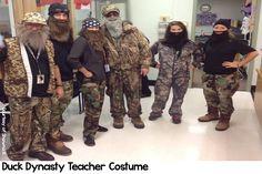 15 Halloween Costume Ideas for Teachers Duck Dynasty Halloween Costume, Teacher Halloween Costumes, Halloween Ideas, Day Of Dead Tattoo, Halloween Celebration, Character Costumes, Costume Makeup, Animal Tattoos, Wedding Humor