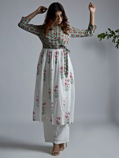 ideas birthday dress women casual long sleeve for 2019 Printed Kurti Designs, Simple Kurti Designs, Kurti Neck Designs, Kurta Designs Women, Blouse Designs, Stylish Dresses, Casual Dresses For Women, Fashion Dresses, Clothes For Women