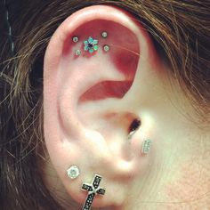 Ear piercing trend, multiple jewelries and piercing spots - More Gallery @ http://wp.me/p3zqJ1-rd
