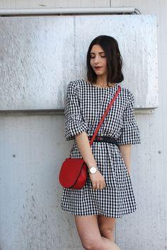 Gingham Style- Vichy Karos and red Accessoires. Diesen Look gibt es auf meinem Blog: www.mrsstylena.com