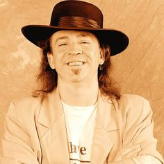 Google Image Result for http://www.biography.com/imported/images/Biography/Images/Profiles/V/Stevie-Ray-Vaughan-9516459-1-402.jpg