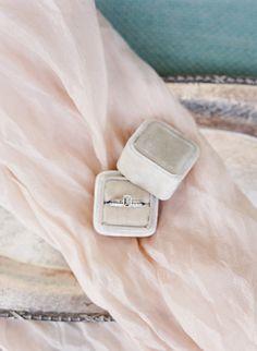 Velvet Ring Box | photography by @KLPsBoards http://kristenlynne.com/