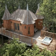 Someone have Dreams of an own Tree Kingdom! European Travel, Belize, Decoration, Glamping, My Dream, Gazebo, Chill, Road Trip, Old Things