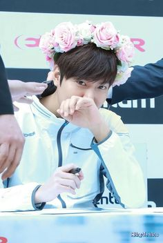 LeeMinHo Eider Fansign in Seoul~ Drama Korea, Korean Drama, Korean Celebrities, Korean Actors, Minho, Legend Of Blue Sea, Lee Min Ho Photos, Man Lee, Boys Over Flowers