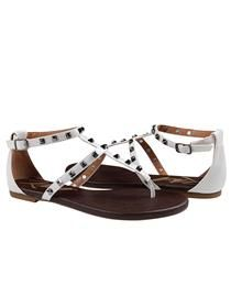 Sandália rasteira branca com spikes pirâmide douradas :)