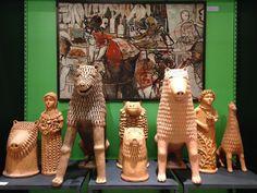 Leões e Bonecas - Mestre Nuca  Quadro - Zé Cláudio  (foto: Lucyana Costa | Exposição Liramartes | Acervo pessoal: Carlos Augusto Lira)