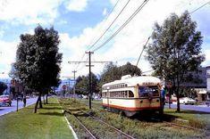 Tranvía sobre Calzada de Tlalpan 70's. Imagen de Lindsay Bridge. La Ciudad de México en el Tiempo. | Flickr - Photo Sharing!