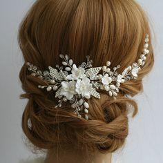 White Flower Comb Wedding hair comb Bridal hair comb flower