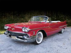 1958 Cadillac Series Sixty Two Convertible Vintage Chevy Trucks, Classic Chevy Trucks, Vintage Cars, Antique Cars, Classic Cars, Chevy Classic, Vintage Ideas, Antique Trucks, Vintage Designs