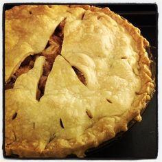 Mom's Best Apple Pie http://www.momspantrykitchen.com/moms-best-apple-pie.html