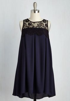Canapes at the Canopy Dress. The sophisticated snack is where you can be found in this equally elegant, navy shift dress! Retro Vintage Dresses, Vintage Style Outfits, Vintage Fashion, Pretty Outfits, Pretty Dresses, Mod Dress, Couture Dresses, Maternity Dresses, Models