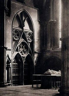 """""""York Minster: 'In sure and Certain Hope'"""", by Frederick H. Camera Work No 1903 York Minster, Gloucester, History Of Photography, Fine Art Photography, Inspiring Photography, Winchester, French Cathedrals, Eastman House, Medieval"""