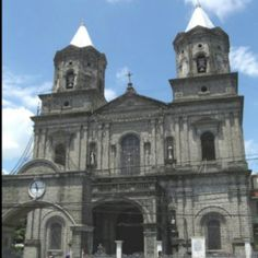 Holy Rosary Parish Church, Angeles City, Philippines #holyrosary #angelescity #philippines