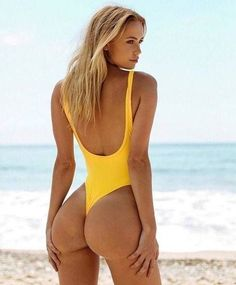 PERFECT BUTTS THAT SCREAM: SHE SQUATS! - February 26 2018 at 11:14AM : #Fitspiration and Sexy #Fitspo Babes - FitFam and #BeastMode Girls - Health and Exercise - Exotic Bikini and Beach Bodies - Beautiful and Strong Crossfit Athletes - Famous #Fitness Models on Instagram - #Inspirational Body Goals - Gym Inspo and #Motivational Workout Pins by: CageCult #beautyinspiration #fitnessmodels