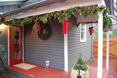 Decorating Mailboxes, Fences and Porches for Christmas