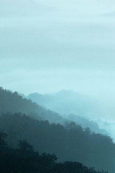 Mountain Fog Green Nature #iPhone #4s #wallpaper