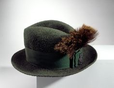 Courtesy of the Royal Armoury // Jakthatt 1900-tal.// Hunting hat, 1900s.