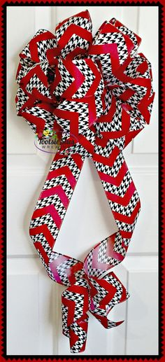 Red Black White Houndstooth Bow Gift Package by TootsieSuesWreaths