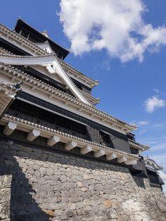Kumamoto Castle by Bazzio Japanese Castle, Japanese Temple, Asia Travel, Japan Travel, Kumamoto Castle, Places To Travel, Travel Destinations, Japan Architecture, Travel Channel