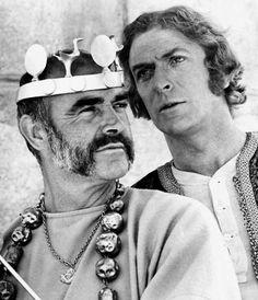 """Sean Connery y Michael Caine en """"El hombre que pudo reinar"""" (The Man Who Would Be King), 1975"""