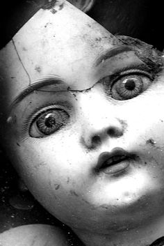 I like here how the dolls eyes are looking directly at the viewer straight out of the image. So although it is impossible for there to be any real connection since it is a doll and not a person, we can still feel emotion, and whole range of provoked feeling. Notice also how the eyes are the main focus... effective.