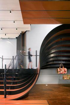 Staircase by Thomas Heatherwick Studio - Longchamp store NYC. Interior Stairs, Retail Interior, Interior And Exterior, Interior Modern, Architecture Design, Amazing Architecture, Building Architecture, Modern Staircase, Staircase Design