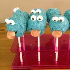 Cookie monster popcake
